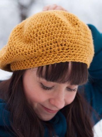 Vegan beret made in crochet