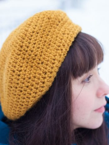 Vegan beret in mustard color